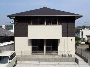寄棟屋根その1|逆瀬川はうじんぐ 注文住宅外観