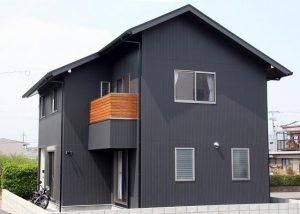 切妻屋根屋根その5|逆瀬川はうじんぐ 注文住宅の外観
