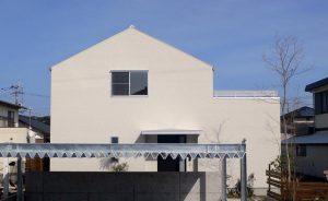 片流れ屋根その2|逆瀬川はうじんぐ 注文住宅の外観