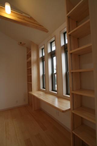 自然素材のさらさら空気の家 百合野町Y様邸 12|逆瀬川はうじんぐ施工事例