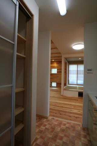 神社通りの京都風和モダンなお家 7|逆瀬川はうじんぐ施工事例