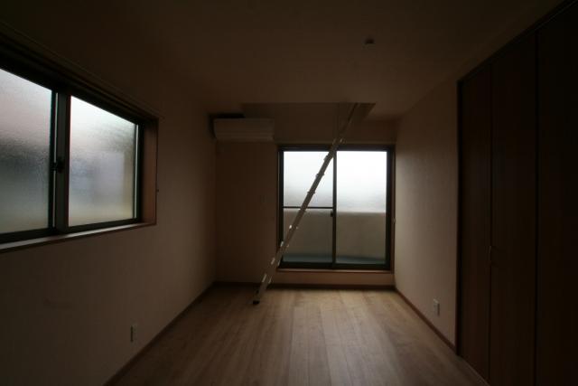 お日さまたっぷりリビングの家 10|宝塚市の逆瀬川はうじんぐ施工事例