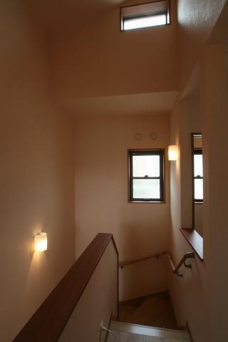 お日さまたっぷりリビングの家 12|宝塚市の逆瀬川はうじんぐ施工事例