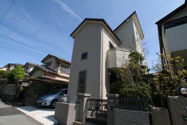 ワンホール型の2階リビングの家 1|宝塚市の逆瀬川はうじんぐ施工事例