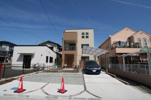 かわいいアンティークな家 2|宝塚市の逆瀬川はうじんぐ施工事例