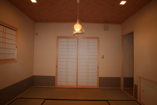 かわいいアンティークな家 5|宝塚市の逆瀬川はうじんぐ施工事例