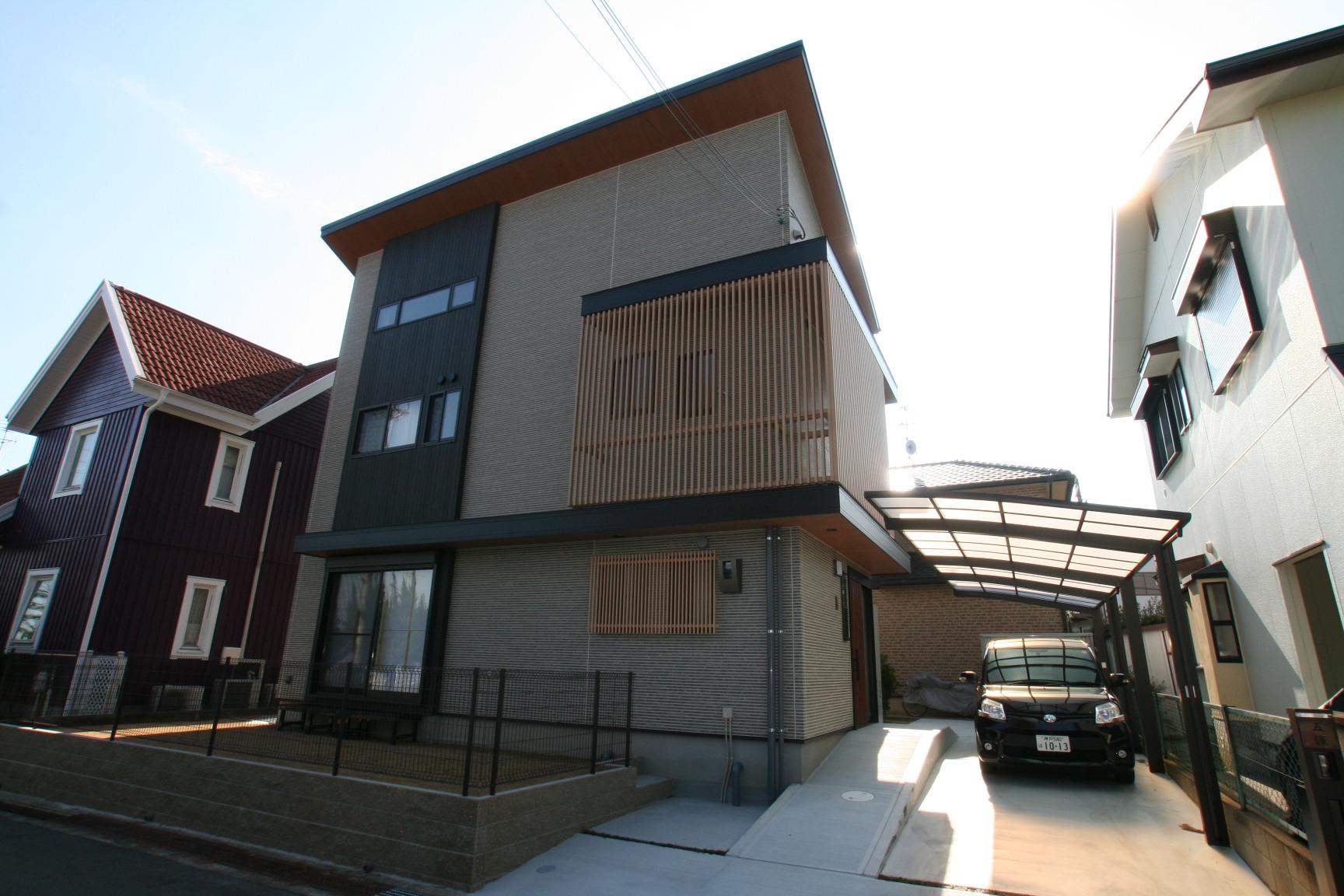 ホームパーティーができる和モダンの家|宝塚市の逆瀬川はうじんぐ施工事例